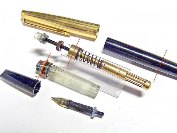 Перьевая ручка Aurora 98 Riserva Magica в разобранном виде