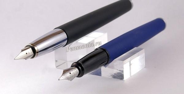 перьевые ручки Diplomat Classic Master Blueberry и Lamy Studio