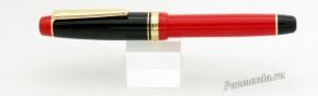 Lapita Limited red/black