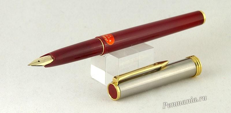 Platinum Belage burgundy (Япония, перо F, золотое 14К)