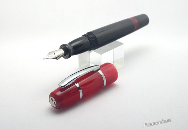 Перьевая ручка Monteverde Sonata ruby (США)