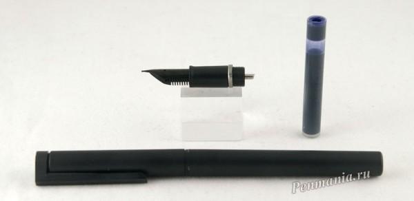 перьевая ручка Sheaffer Delta Grip / fountain pen